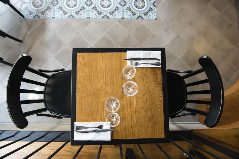 l 39 entre deux biarritz agencement bi color. Black Bedroom Furniture Sets. Home Design Ideas